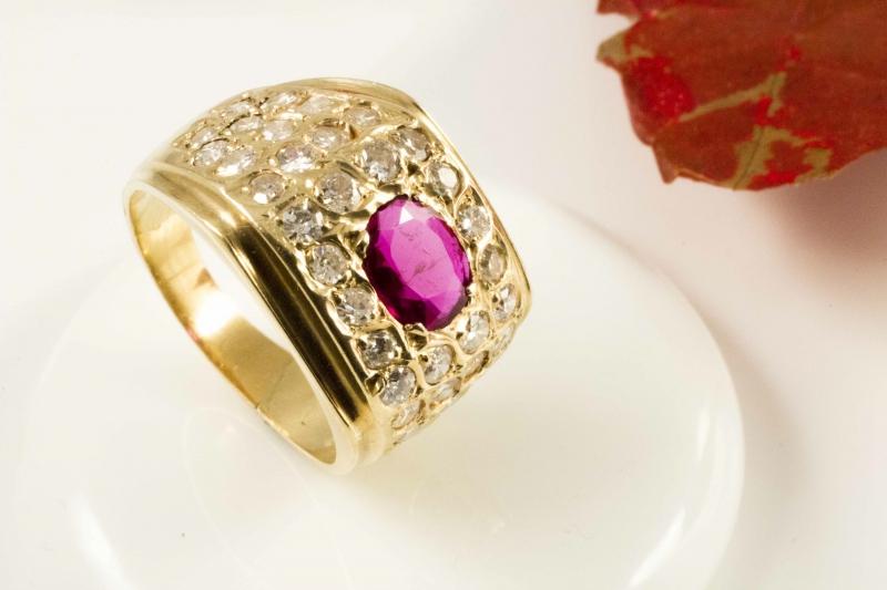 750 gold 18 karat rubin ring mit 1 20 carat feurigen diamanten gelbgold. Black Bedroom Furniture Sets. Home Design Ideas