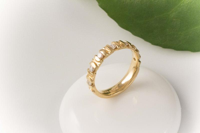 brillantring ring 750 gold 18 karat mit 7 lupenreinen if brillanten. Black Bedroom Furniture Sets. Home Design Ideas