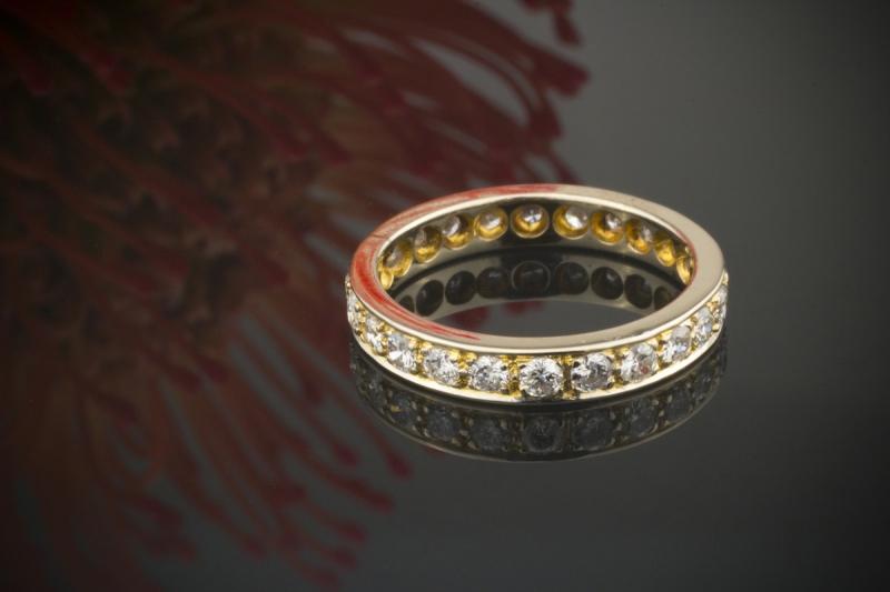 memoire ring mit 0 80 carat feurigen brillanten in 585er gelbgold 14 karat gold 52. Black Bedroom Furniture Sets. Home Design Ideas