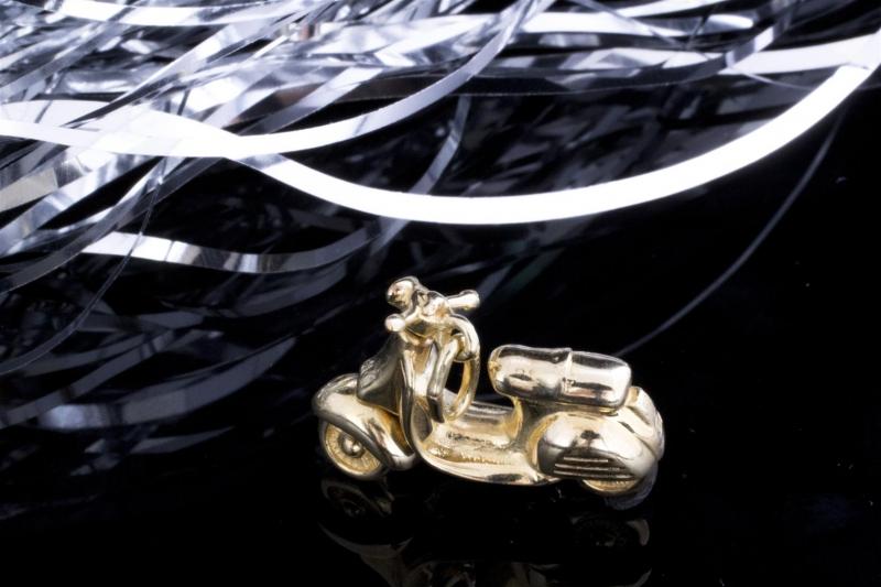 motorroller roller beweglicher anh nger in 333 gold 8. Black Bedroom Furniture Sets. Home Design Ideas