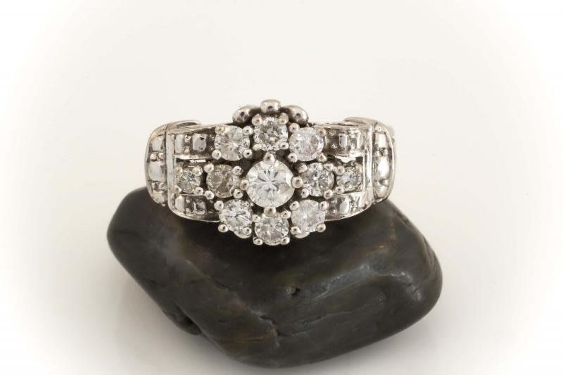 art d co brillantring ring mit 1 brillanten 585 weissgold 14 karat. Black Bedroom Furniture Sets. Home Design Ideas